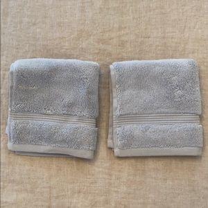 Set of 2 Hudson Park Wash Cloths